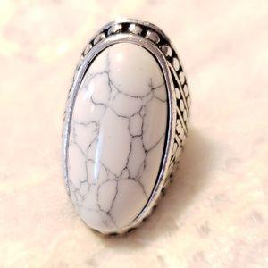 White Crackled Stone Cocktail Ring